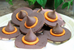 Witch hat cookies2 400x272
