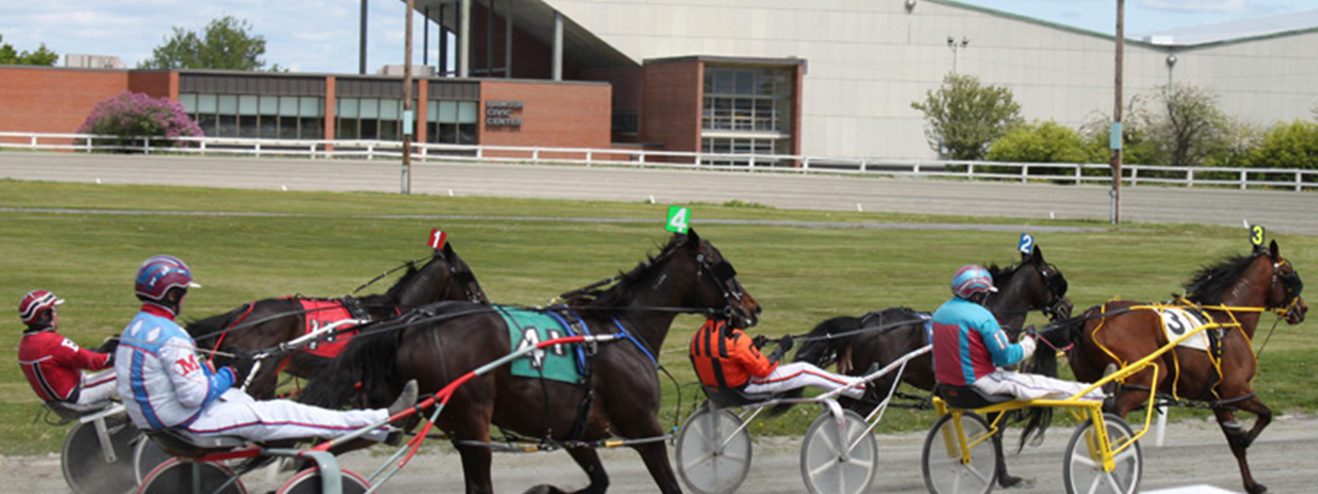 Hollywood casino hotel and raceway 1
