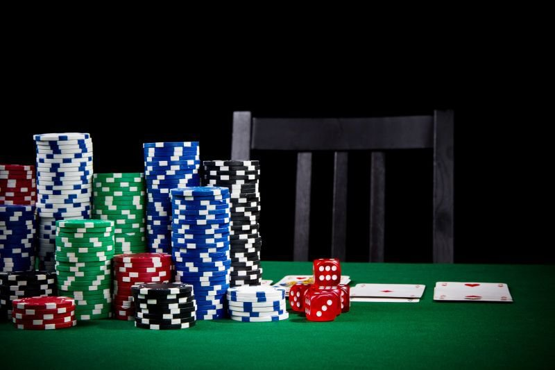Changing Chairs during a Poker Tournament