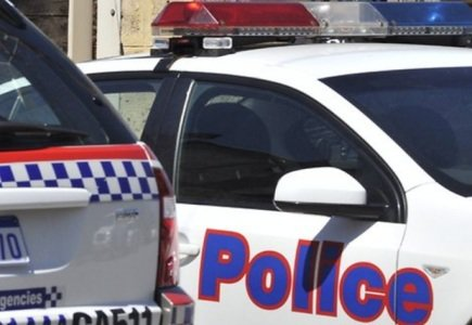 Aussie Policemen Investigated for Internet Abuse on Duty?