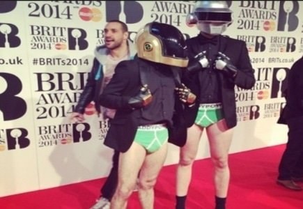 Paddy Power Sends Imposters to Crash Brit 2014 Music Awards