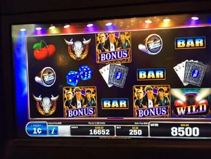 ZZ Top Live From Texas Slot Win at Majestic Star Casino